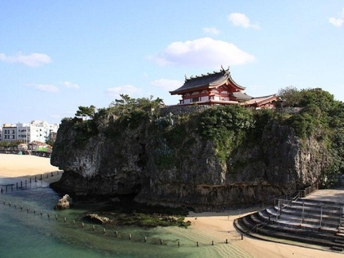 (那霸出发) 冲绳全島包車一日游 (10小時)
