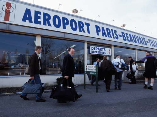 Beauvais Airport Pick Up→Paris Downtown