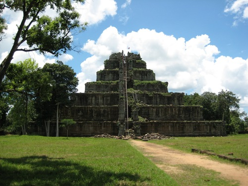 Koh Ker One-day Tour