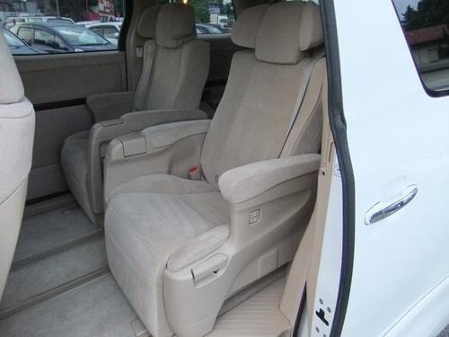 Passenger seat row2 1