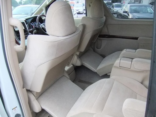 Passenger seat row2 2