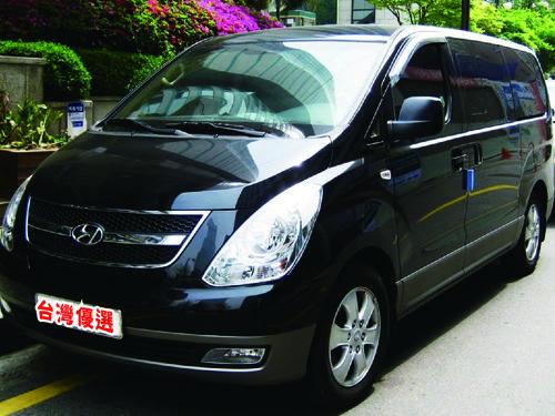 台灣優選包車旅遊機場接送