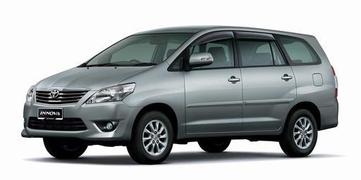 Toyota innova 2.0g 01
